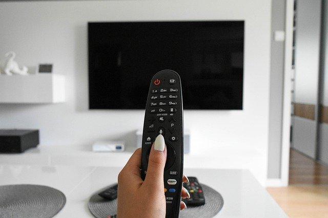 """Jak wygodnie oglądać """"Kogel Mogel 3"""" w telewizji internetowej?"""